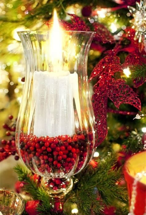 nice simple christmas centerpiece candles and lanterns