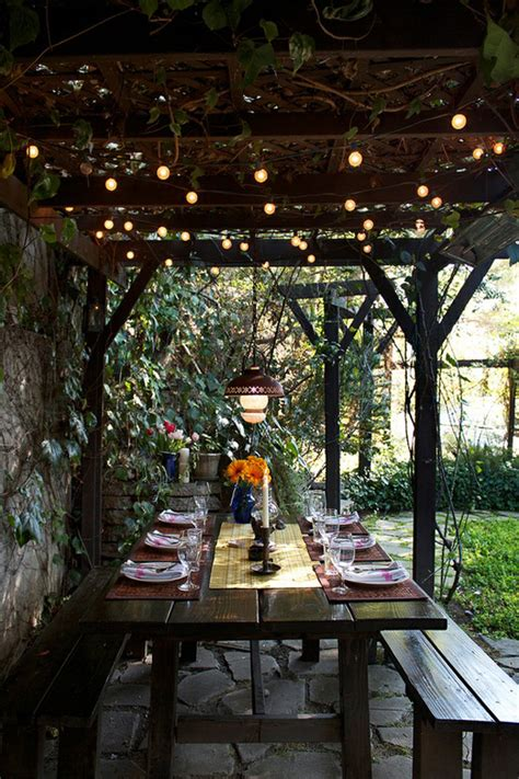 Festive Outdoor Dining Area Decor Ideas Interiorholic