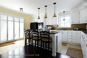 stunning photos armoires de cuisine pictures joshkrajcik With peinturer armoire de cuisine en bois