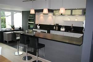 Davausnet idee deco cuisine avec bar avec des idees for Idee deco cuisine avec cuisine intégrée moderne