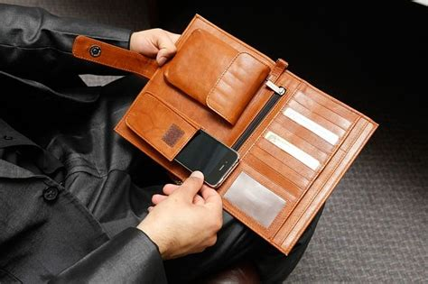 Different Types Of Leather & Tips To Choose The Best