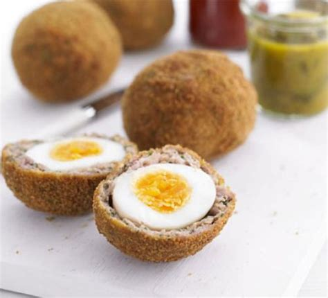 Scotch egg recipe bbc good food scotch egg recipe forumfinder Image collections