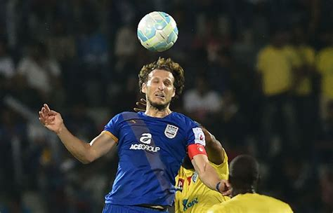 Mumbai City FC's Diego Forlan Is The Best Paid Player In ...