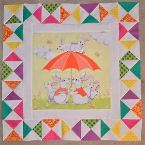 Rabbit Medallion Quilt – Center & 1st Border – Mouse in My