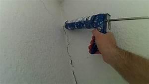 Reparer Grosse Fissure Mur Exterieur : r parer une fissure sur un cr pi avant de peindre youtube ~ Melissatoandfro.com Idées de Décoration