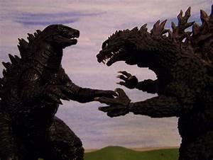 Godzilla 2014 vs Godzilla 2000 - YouTube