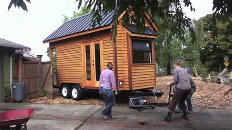 move  tiny house  wheels tiny house