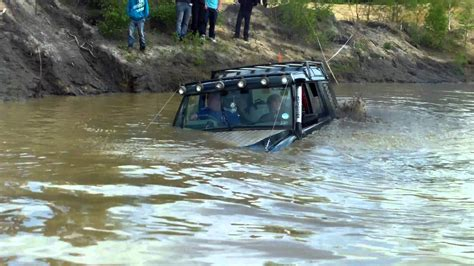 land rover water my landrover discovery sinking in deep water yarwell