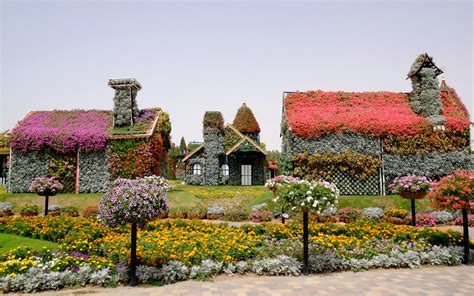dubai miracle garden travel leisure