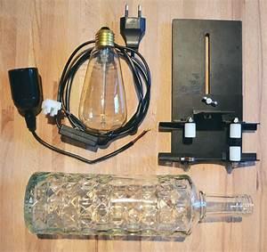 Glühbirnenfassung Mit Kabel : licht an bau dir eine stimmungsvolle leuchte aus einer alten glasflasche ~ Orissabook.com Haus und Dekorationen
