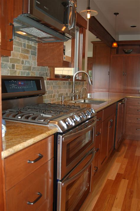 latest trends  kitchen remodeling       rose construction