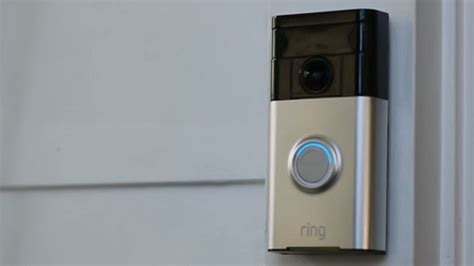 this doorbell rings your smartphone when you re not home technology home gadgets home tech