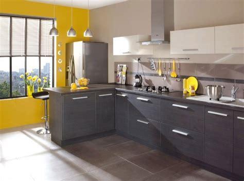 cuisine jaune gris cuisine kitchen