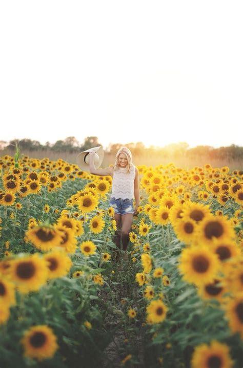 Best 25 Senior Pictures Ideas On Pinterest Senior Pics