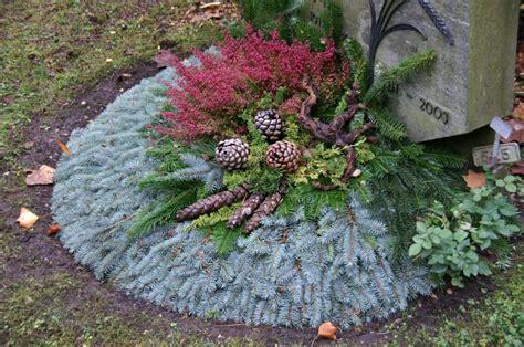 Im Herbst Und Winter by Proluminate Gr 228 Ber Im Herbst Winter Grabgestaltung