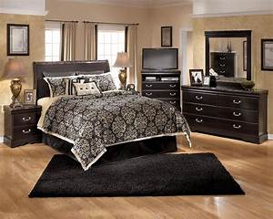 Ashley Signature Design Esmarelda B179 77 Queen Sleigh