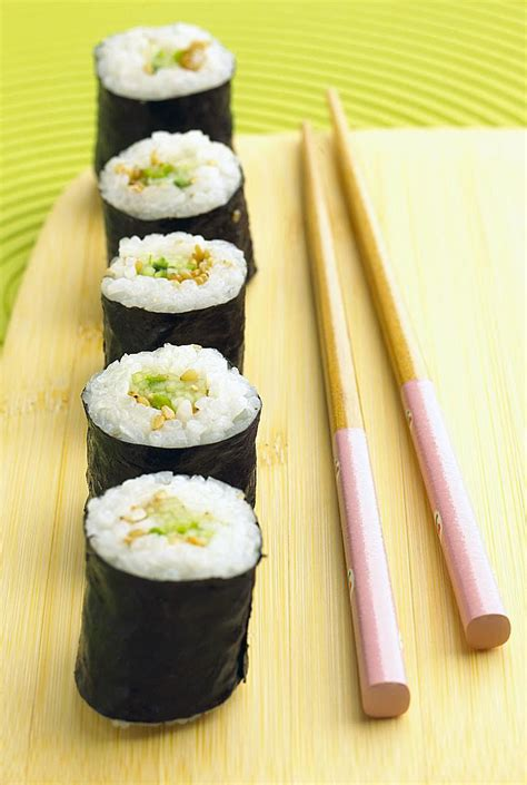 kappamaki cucumber sushi roll recipe