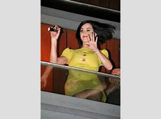 Katy Perry had a little wardrobe malfunction Oh No They