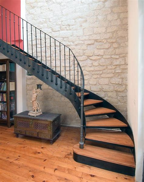25 best ideas about escalier quart tournant on escalier design garde corps bois