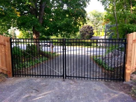 mn fence company residential  commerical fence contractor
