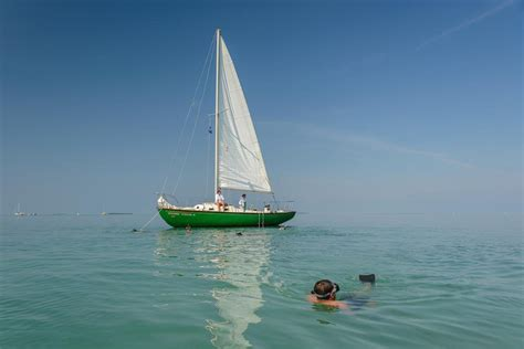 Key West Sailboat by Rent A Custom 33 Sloop 33 Sailboat In Key West Fl On Sailo