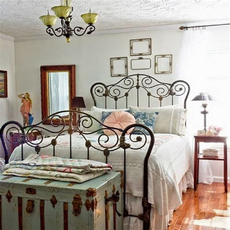 tips  ideas  decorating  bedroom  vintage style