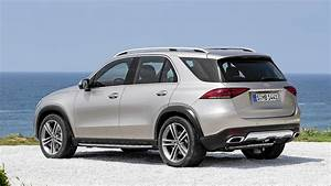 Suv Mercedes Gle : new 2020 mercedes benz gle suv puts on sharper suit more ~ Carolinahurricanesstore.com Idées de Décoration