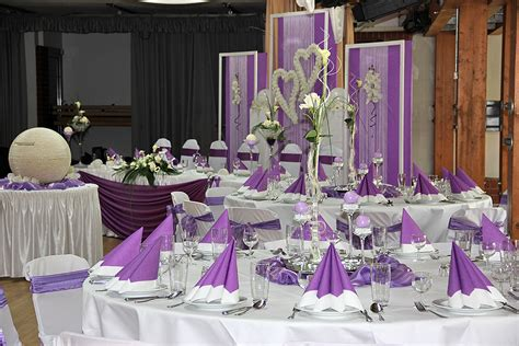 Blumen Hochzeit Dekorationsideenblumen Hochzeit Deko In Lila by Hochzeitsdekoration In Lila Mieten Deko Point