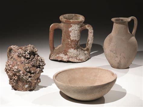 lotto  oggetti  ceramica acroma asta reperti