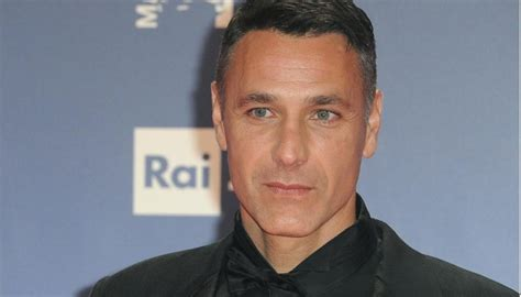 His mother was of albanian origin (arberesh). Raoul Bova, the truth about the relationship with the former Chiara Giordano