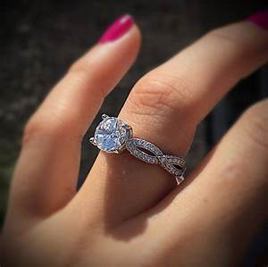 Halo or no halo engagement ring that39s the question for Wedding band no engagement ring