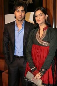 Sonam kapoor And Ranbir Kapoor - JattDiSite.com