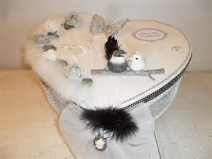urne mariage coeur urne de mariage en forme de coeur sur le thème quot noir blanc et argent quot boîtes coffrets par l