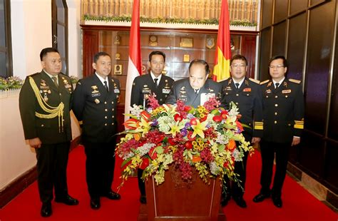 Tư Lệnh Hải Quân Indonesia Thăm Hải Quân Việt Nam