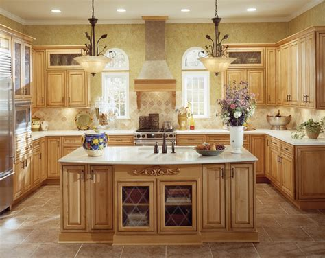 thomasville kitchen islands maple cupboards palm coast cabinets florida fl