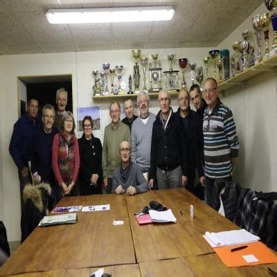 bureau vallee angers beaufort en vallée les randonneurs réunis en assemblée