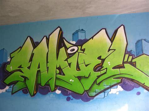 graff chambre une idée prénom graffiti sur toile