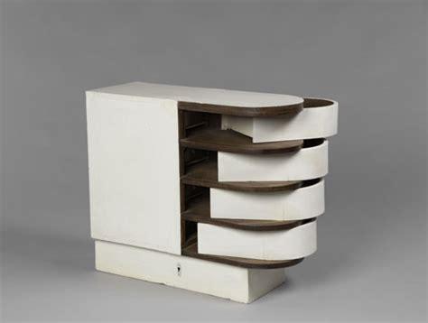 eileen gray architect designer painter