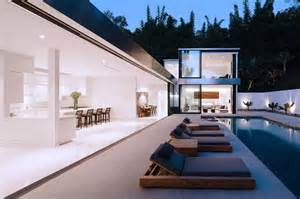 bungalow designs how to create seamless indoor outdoor living spaces destination living
