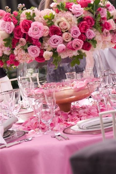 fuchsia wedding table decorations 25 best ideas about pink table settings on