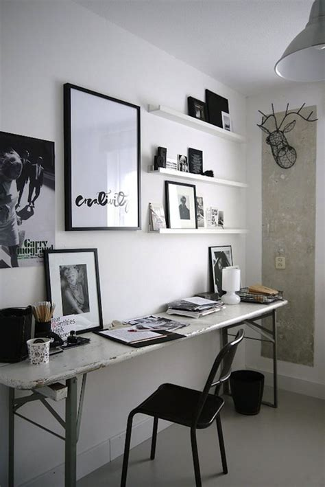 bureau noir  blanc