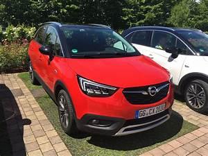 Avis Opel Crossland X : opel crossland x les premi res images de l 39 essai en live impressions de conduite ~ Medecine-chirurgie-esthetiques.com Avis de Voitures