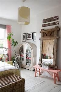 Meuble Pour Chambre : jolies variantes pas cher pour un meuble en bambou ~ Teatrodelosmanantiales.com Idées de Décoration