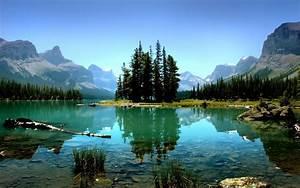Canada Spirit Island Jasper National Park Nature Wallpaper