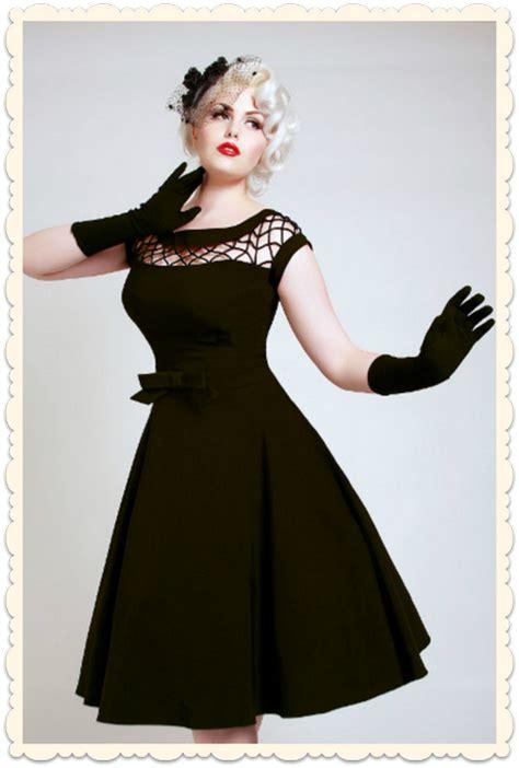 robe noire annee
