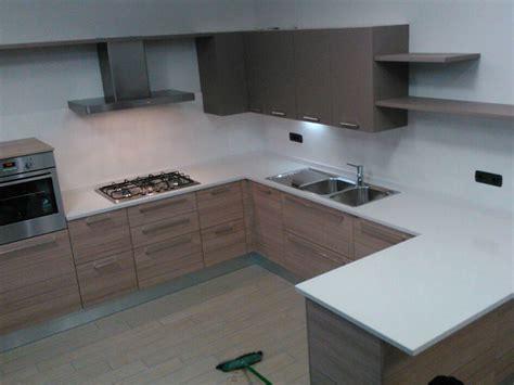 lavelli in okite okite piano cucina idee di design per la casa