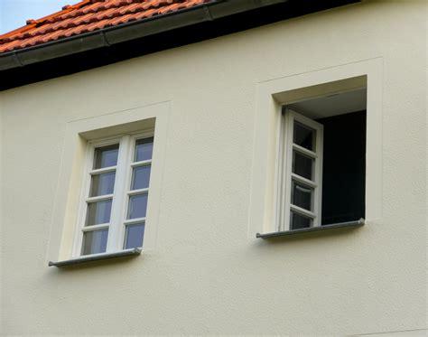 Moderne Häuser Mit Grossen Fenstern by Holzfenster Kastenfenster In Berlin Brandenburg