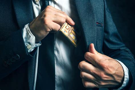 Korupcijas un sadārdzinājumu izskaušana - Jaunā Vienotība