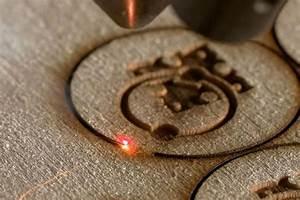 Découpe Laser En Ligne : sculpteo sp cialiste de l 39 impression 3d se diversifie dans la d coupe laser sous traitance ~ Melissatoandfro.com Idées de Décoration