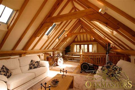 interior   studio  top   oak garage  stunning